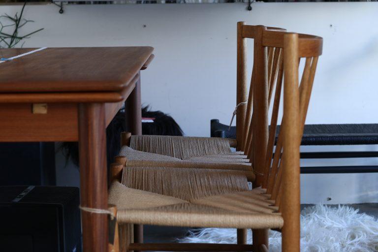 【1月便】ビンテージ家具が入荷しました